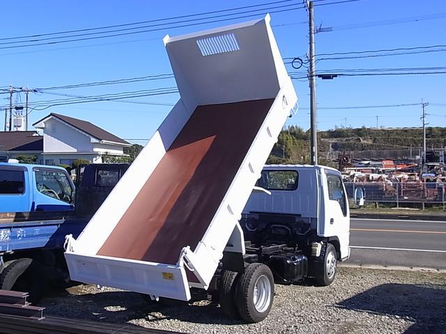 いすゞ エルフトラック ダンプ 低床 最大積載量2000kg