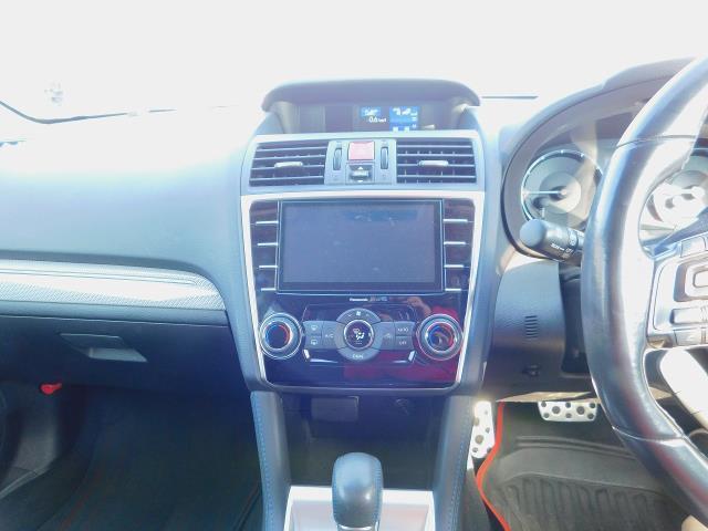 1.6GT-Sアイサイト ・ナビTV・ETC・パドルシフト・クルーズコントロール・バックカメラ・サイドカメラ・4WD・18純正アルミホイール(18枚目)