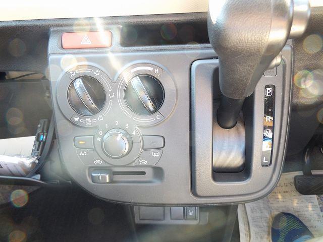 S CD エコアイドリング コーナーセンサー キーレス シートヒーター付(13枚目)