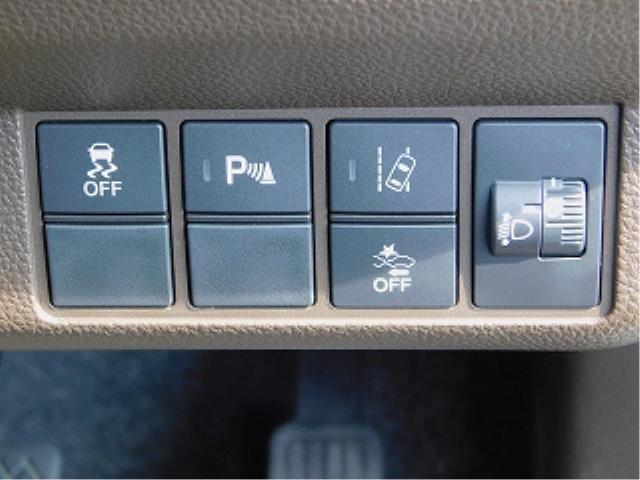 Lホンダセンシング 走行4600km 純正ナビTV バックカメラ ETC オートリトラミラー クルーズコントロール 運転席シートヒーター(13枚目)