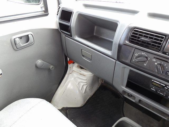 VX-SE エアコン パワステ 4WD FMAMラジオ 作業灯付(15枚目)