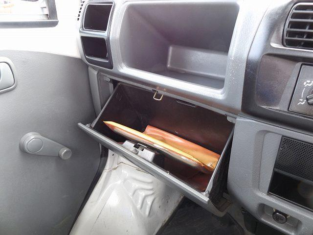 VX-SE エアコン パワステ 4WD FMAMラジオ 作業灯付(16枚目)