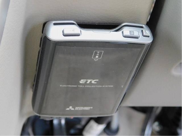 PZターボスペシャル ナビ 地デジ バックカメラ ETC HID 両側パワースライドドア付(15枚目)