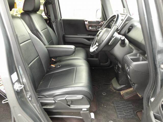 G・Lターボホンダセンシング シートカバー(黒)・純正オーディオ(TV/CD)・バックカメラ・クルコン・パドルシフト・ETC・シーケンシャルウィンカー・LEDルームライト・オートリトラミラー・両側電動スライドドア・ターボ車(11枚目)