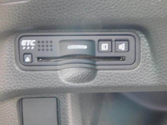 G・Lターボホンダセンシング シートカバー(黒)・純正オーディオ(TV/CD)・バックカメラ・クルコン・パドルシフト・ETC・シーケンシャルウィンカー・LEDルームライト・オートリトラミラー・両側電動スライドドア・ターボ車(19枚目)