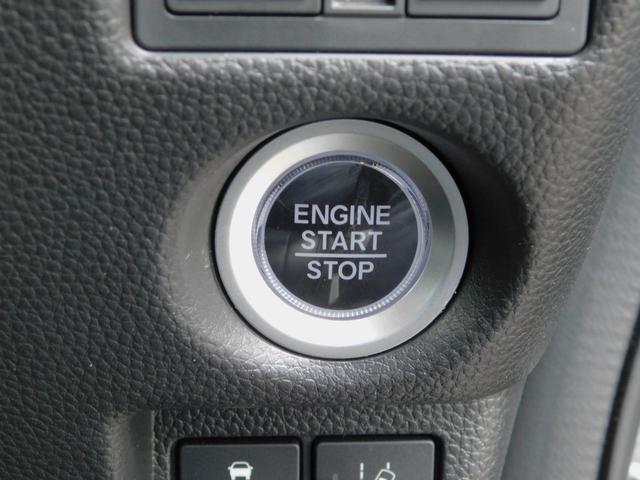 G・Lターボホンダセンシング シートカバー(黒)・純正オーディオ(TV/CD)・バックカメラ・クルコン・パドルシフト・ETC・シーケンシャルウィンカー・LEDルームライト・オートリトラミラー・両側電動スライドドア・ターボ車(21枚目)