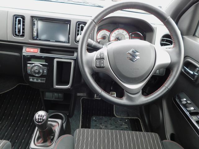 ベースグレード 5速マニュアル ターボ車 純正15インチAW フロントRECAROシート ETC ディスプレイ付オーディオ CD BluetoothAudio バックカメラ オートリトラミラー プッシュスタート(2枚目)