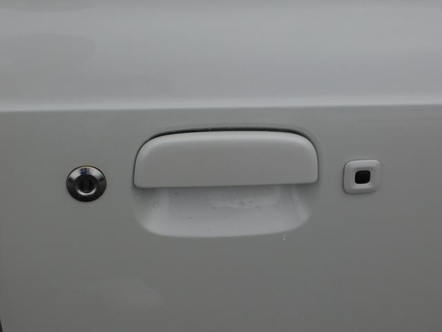 ベースグレード 5速マニュアル ターボ車 純正15インチAW フロントRECAROシート ETC ディスプレイ付オーディオ CD BluetoothAudio バックカメラ オートリトラミラー プッシュスタート(16枚目)