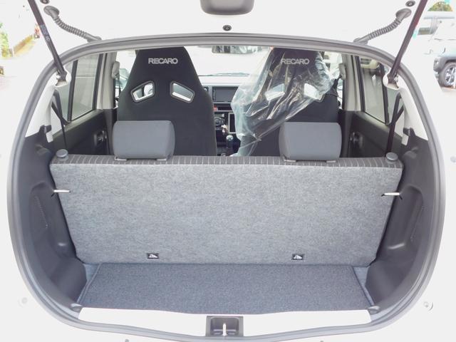 ベースグレード 5速マニュアル ターボ車 純正15インチAW フロントRECAROシート ETC ディスプレイ付オーディオ CD BluetoothAudio バックカメラ オートリトラミラー プッシュスタート(17枚目)