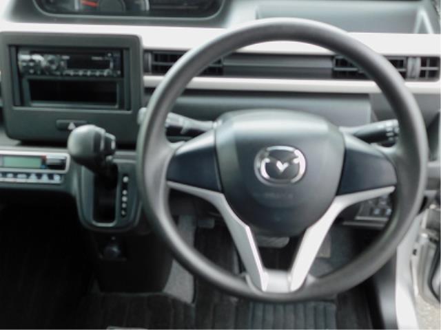 ハイブリッドXG クラリオン CD 衝突軽減ブレーキ 車線逸脱警報装置 ヘッドアップディスプレイ アイドリングストップ 助手席シートアンダーボックス シートヒーター プッシュスタート スマートキー2ケ 走行18150(13枚目)