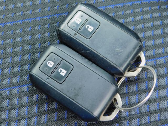 ハイブリッドXG クラリオン CD 衝突軽減ブレーキ 車線逸脱警報装置 ヘッドアップディスプレイ アイドリングストップ 助手席シートアンダーボックス シートヒーター プッシュスタート スマートキー2ケ 走行18150(23枚目)