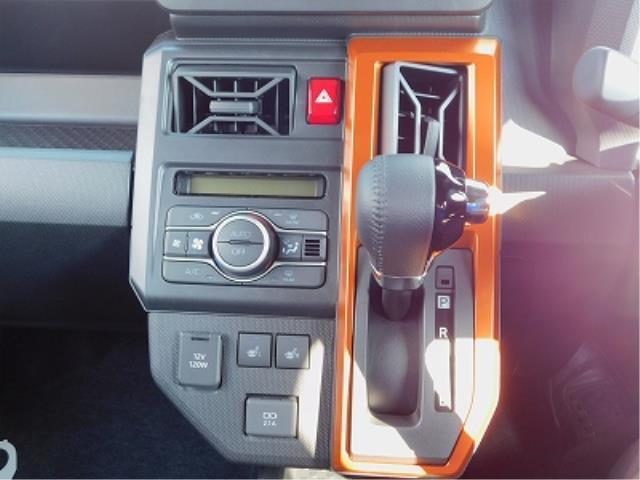 Gターボ ターボ車 クルーズコントロール 衝突軽減ブレーキ クリアランスソナー 全方位モニター用カメラ ガラスルーフ ルーフレール メッキパック 純正15インチアルミ 前席シートヒーター 走行50km(14枚目)