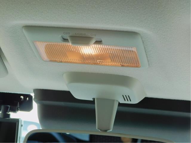 ハイブリッドX 純正9インチナビ TV DISC BluetoothAudio 全方位モニター ドラレコ 前席シートヒーター 純正15インチアルミ ETC 衝突軽減ブレーキ ソナー 車線逸脱装置(11枚目)