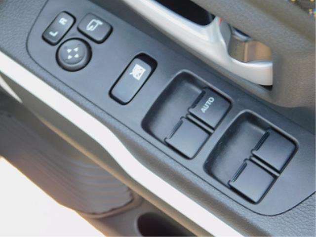 ハイブリッドX 純正9インチナビ TV DISC BluetoothAudio 全方位モニター ドラレコ 前席シートヒーター 純正15インチアルミ ETC 衝突軽減ブレーキ ソナー 車線逸脱装置(16枚目)