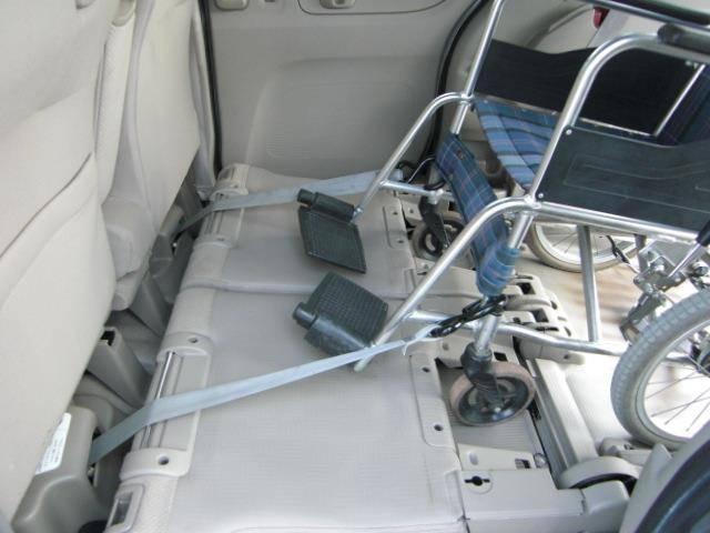 車椅子仕様車 スローパー Pスタート CD ウインチ福祉車両(8枚目)