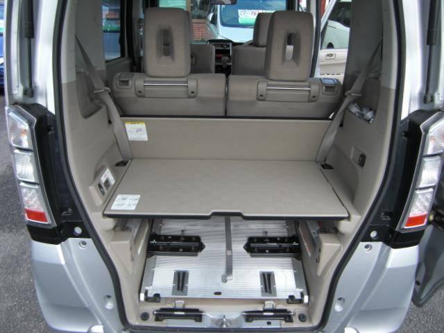 車椅子仕様車 スローパー Pスタート CD ウインチ福祉車両(18枚目)