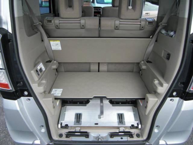車椅子仕様車 スローパー Pスタート CD ウインチ福祉車両(19枚目)