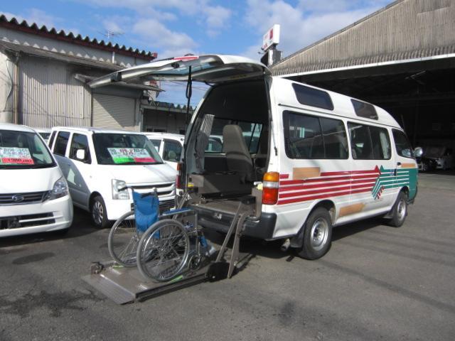 車いす仕様車 8人乗車いす2基 4WD ディーゼル(5枚目)