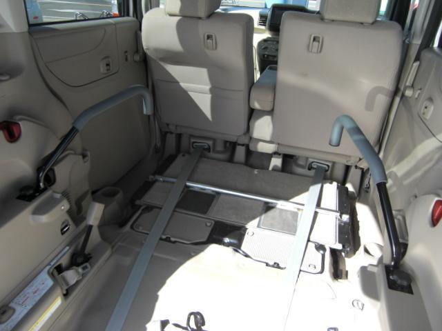 G 車いす仕様車3人乗 ナビTV Bカメラキーレス 福祉車両(4枚目)
