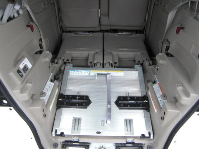 G スローパー 車いす仕様車 純正CD ウインチ 福祉車両(2枚目)