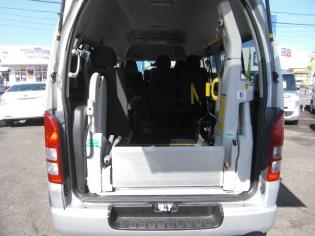 車いす仕様車 Bタイプ 車いす2基 バックカメラ 福祉車両(2枚目)