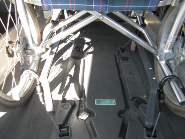 車いす仕様車 Bタイプ 車いす2基 バックカメラ 福祉車両(13枚目)