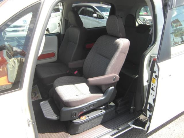 X 助手席リフトアップシート Bタイプ ナビテレビ 福祉車両(2枚目)