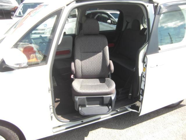 X 助手席リフトアップシート Bタイプ ナビテレビ 福祉車両(4枚目)