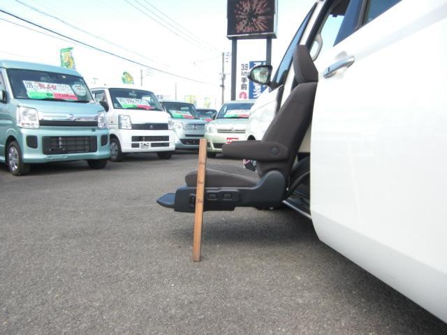 X 助手席リフトアップシート Bタイプ ナビテレビ 福祉車両(8枚目)