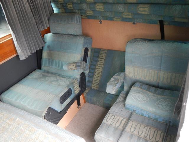 SロングGX キャンピングカー 2段ベッド サンルーフ(12枚目)