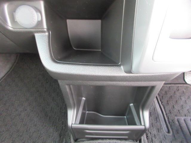 「スズキ」「クロスビー」「SUV・クロカン」「宮崎県」の中古車27