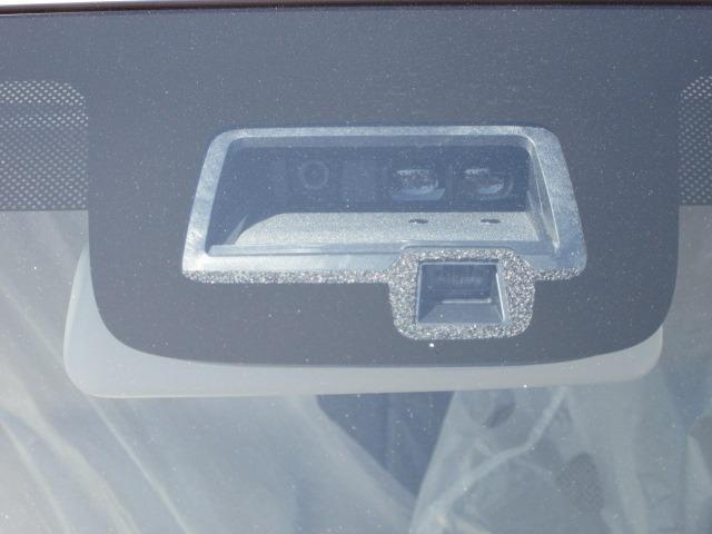 S 全方位カメラ デュアルカメラブレーキサポート アイドリングストップ 横滑り防止 ラインセンサー 衝突軽減ブレーキ 障害物センサー シートヒーター(10枚目)
