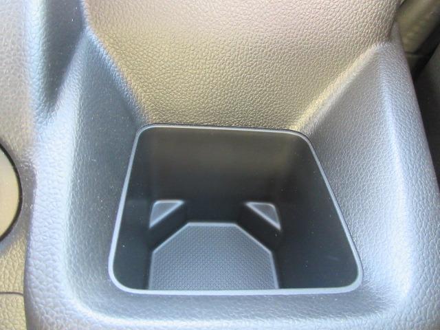 ハイブリッドFX キーレスエントリー アイドリングストップ 横滑り防止システム 衝突安全ボディ 盗難防止システム CD AM/FM シートヒーター(24枚目)