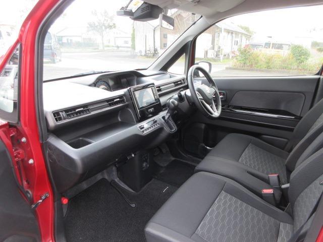 ハイブリッドX リミテッド ドライブレコーダー ETC スマートキー アイドリングストップ シートヒーター 衝突軽減ブレーキ 横滑り防止システム ラインセンサー アルミホイール ナビ フルセグ CD DVD(58枚目)