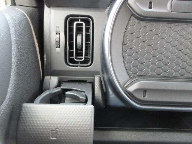 Jスタイル 全方位カメラ9インチナビ スズキセーフティサポート ESC シートヒーター 障害物センサー 衝突軽減ブレーキ アイドリングストップサイドカーテンエアバッグ USBソケット アルミホイール(64枚目)