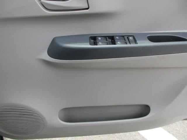 L 横滑り防止システム アイドリングストップ衝突軽減ブレーキ CD AM FM 電動ミラーキーレス アクセサリーソケット ショッピングック(19枚目)