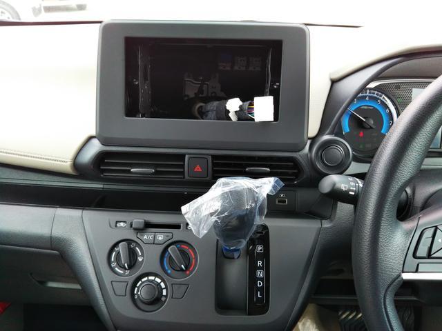 S 届出済未使用車 エマージェンシーブレーキ コーナーセンサー キーレスエントリー 集中ドアロック ベンチシート プライバシーガラス(25枚目)