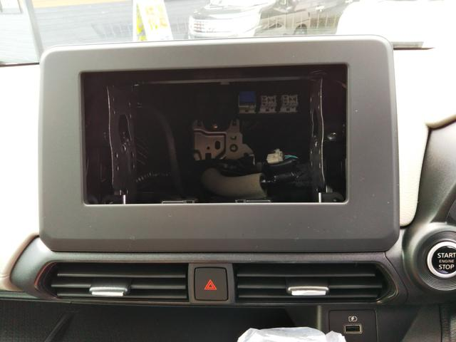 X 届出済未使用車 特別塗装色 エマージェンシーブレーキ コーナーセンサー バッグビューモニター(ルームミラー) アルミホイール14インチ スマートキー プッシュスタート ベンチシート プライバシーガラス(10枚目)