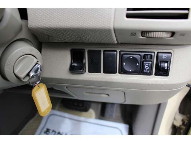 日産 マーチ 12E HDDナビ DVD CD キーレス フル装備