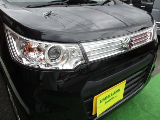 ヘッドライトのレンズもまだまだキレイです(^^♪ HIDヘッドライト☆フォグランプ☆ オートライト機能もついております!!