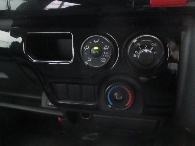 ロングDX GLパッケージ ディーゼルターボ ナビ フルセグ バックカメラ ETC AC100v電源 HIDヘッドライト フォグランプ 社外アルミホイル 小型貨物車 4ナンバー 6人乗り(13枚目)