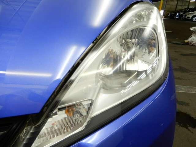 ヘッドライトで、個性も光る 長く乗っていたい車です。