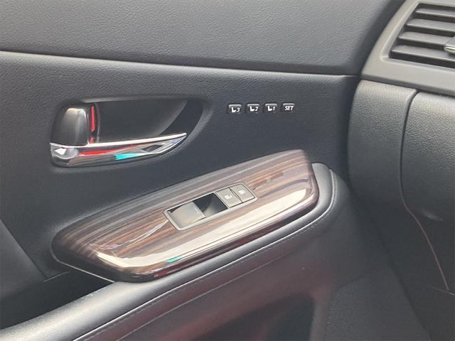 HS250h バージョンI OP18inアルミ 純正フルエアロ トランクスポイラー レザーエアシート シートヒーター ナビTV バックカメラ フロントカメラ DVD Bluetooth レーダークルーズコントロール オートLED(48枚目)