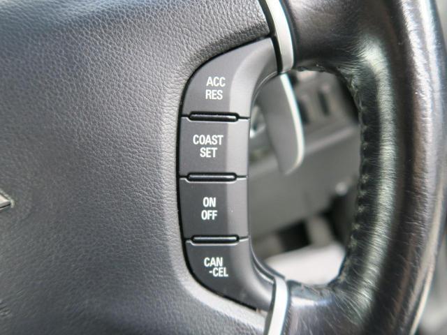 D パワーパッケージ 距離36900km 4WD バックカメラ HIDヘッドライト オートライト スマートキー 禁煙車 クルーズコントロール ETC 純正18インチアルミホイール フロントフォグ ブラック内装(4枚目)