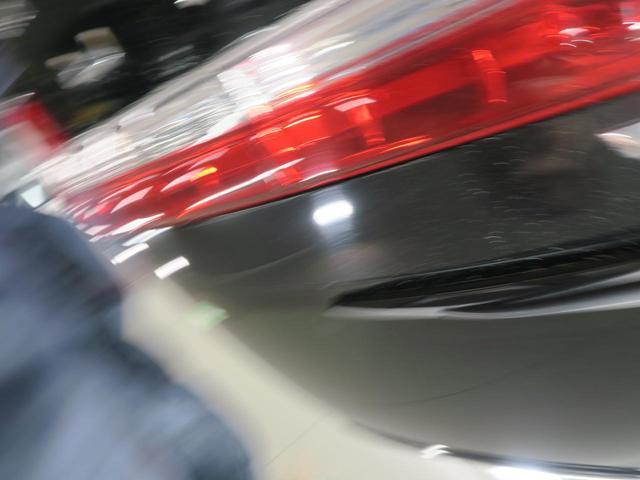 D パワーパッケージ 距離36900km 4WD バックカメラ HIDヘッドライト オートライト スマートキー 禁煙車 クルーズコントロール ETC 純正18インチアルミホイール フロントフォグ ブラック内装(36枚目)