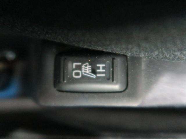 D パワーパッケージ 距離36900km 4WD バックカメラ HIDヘッドライト オートライト スマートキー 禁煙車 クルーズコントロール ETC 純正18インチアルミホイール フロントフォグ ブラック内装(52枚目)