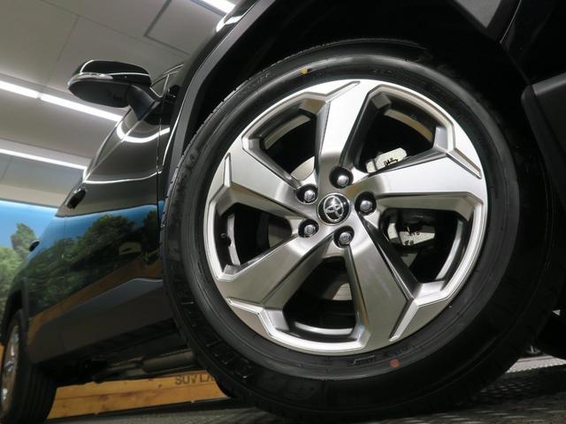 ハイブリッドG 登録済み未使用車 ムーンルーフ パノラミックビューモニター セーフティセンス LEDヘッド インテリジェントクリアランスソナー パワーシート 純正ディスプレイオーディオ 18インチAW(12枚目)