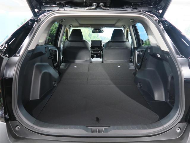 ハイブリッドG 登録済み未使用車 ムーンルーフ パノラミックビューモニター セーフティセンス LEDヘッド インテリジェントクリアランスソナー パワーシート 純正ディスプレイオーディオ 18インチAW(15枚目)