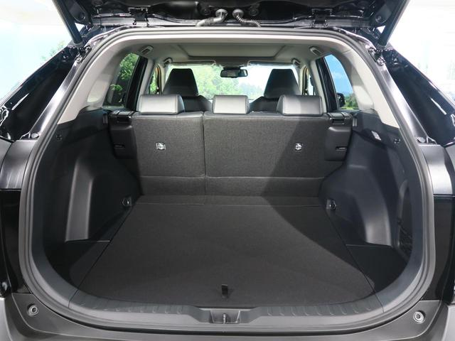 ハイブリッドG 登録済み未使用車 ムーンルーフ パノラミックビューモニター セーフティセンス LEDヘッド インテリジェントクリアランスソナー パワーシート 純正ディスプレイオーディオ 18インチAW(23枚目)