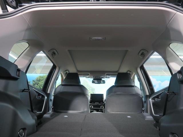 ハイブリッドG 登録済み未使用車 ムーンルーフ パノラミックビューモニター セーフティセンス LEDヘッド インテリジェントクリアランスソナー パワーシート 純正ディスプレイオーディオ 18インチAW(24枚目)